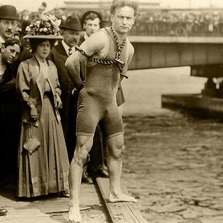Harry-Houdini-10
