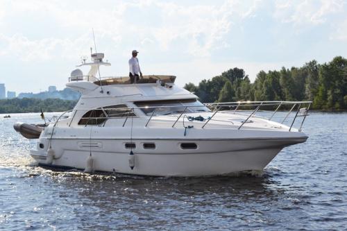 аренда яхты в Киеве цена